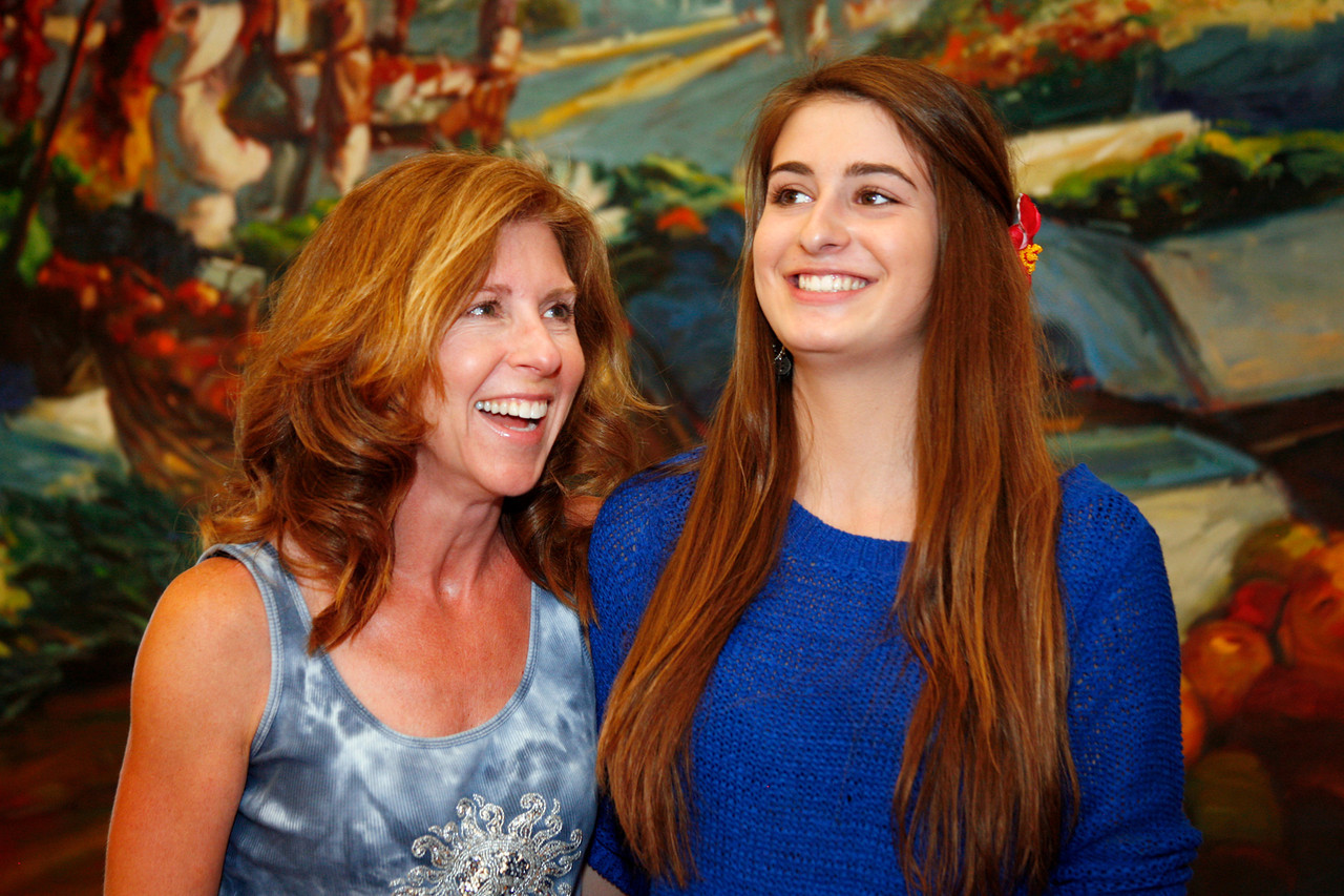 Bambi Buckles, left, and her daughter Haley volunteer with The Family Album Project at Homeward Bound in Novato, Calif. on Sunday,  June 10, 2012. (Special to the IJ/ James Cacciatore)