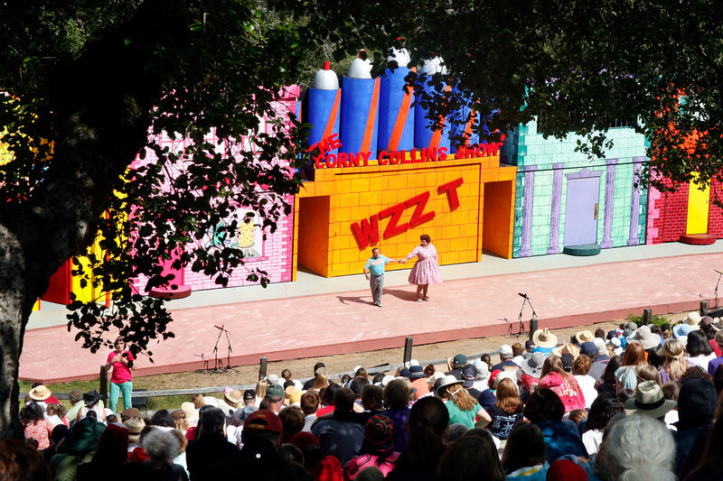 "Left, Buzz Halsing, as Wilber Turnblad sings ""You're Timeless To Me"" with Joshua Castro, Edna Turnblad, his ""wife"" at the Mountain Play's opening day performance of ""Hairspray"" at the Mountain Theater on Mount Tamalpais, Calif. on Sunday, May 22, 2011. (Special to the IJ/ James Cacciatore)"