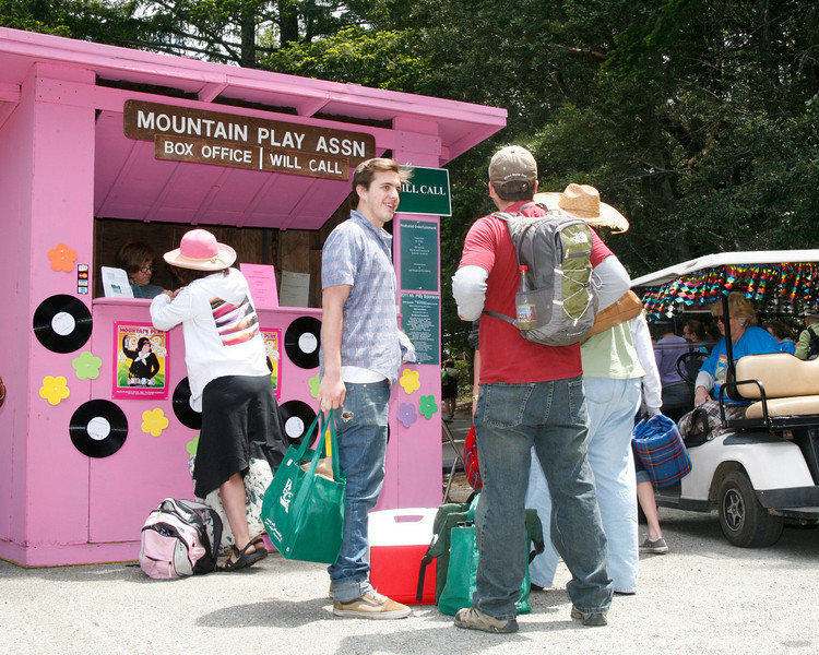 "Theater goers arriving for the Mountain Play's opening day performance of ""Hairspray"" at the Mountain Theater on Mount Tamalpais, Calif. on Sunday, May 22, 2011. (Special to the IJ/ James Cacciatore)"