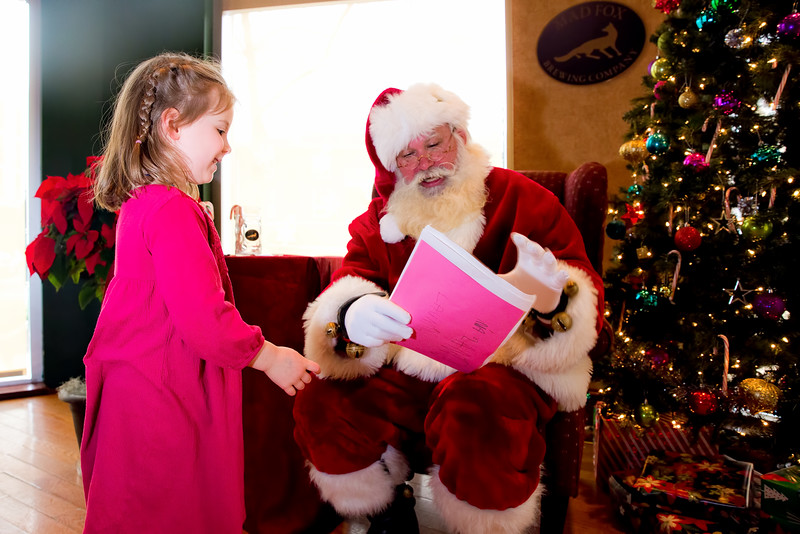 Mia provides Santa with her three lists - 2016-12-04