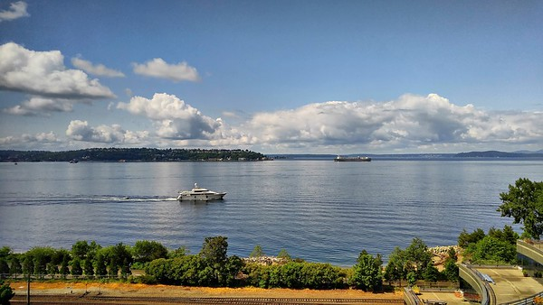 Cell Pic Seattle Waterfront - May 2016