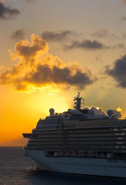 Cruise Ship, St. Maarten