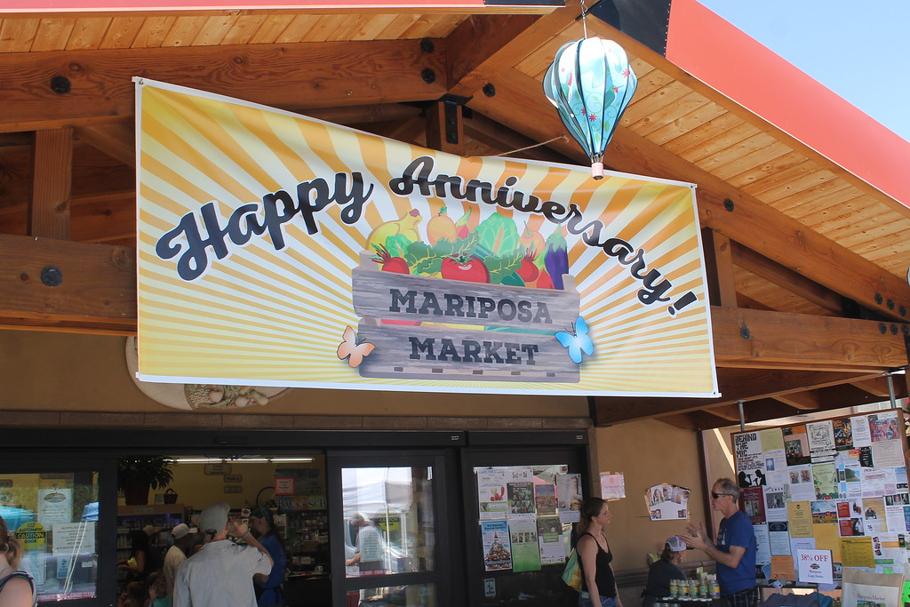 . ARIEL CARMONA JR/THE WILLITS NEWS Mariposa Market\'s 38th anniversary in Willlits means customer appreciation day.