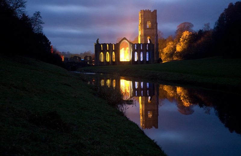 Floodlit Fountains Abbey 30th December 2007