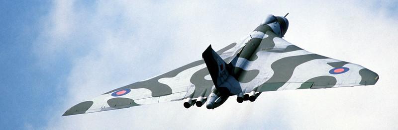 A Royal Air Force Vulcan Display Team Vulcan B. Mk 2 aircraft performs during Air Fete '85.