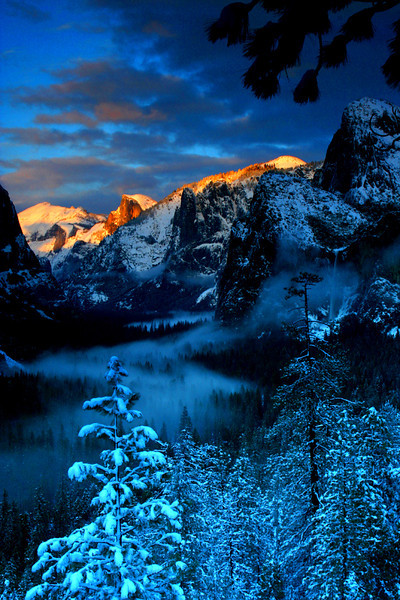 Sunset and Rivers of Fog from Tunnel View - Yosemite National Park, California - Mark Rasmussen - January 2008