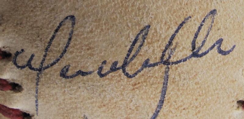 09 Vic Davalillo