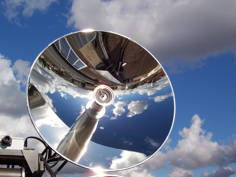 """""""EDTEK Inc, solar concentrator photovoltaic and hot water co-generation system"""""""