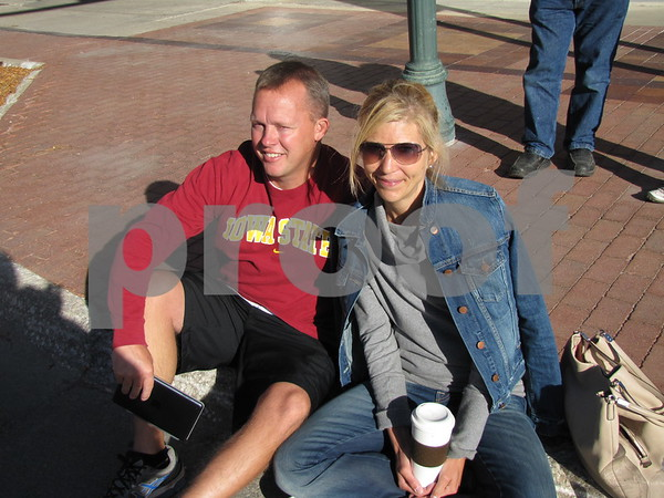 Jon and Heather Baedke enjoy the music and beautiful weather at Market on Central.