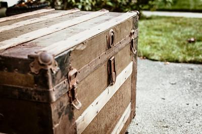 Furniture & Vintage Finds