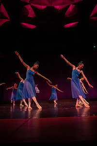 "Ballet I performing ""A Wave of Hope"" in the fall 2018 Island Dance Demo."