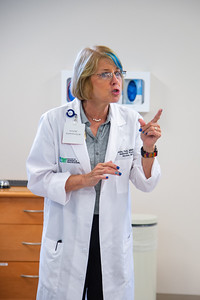 Dr. Julie Fomenko begins a lesson on chest tubes.