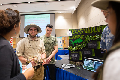 2019_0409-GreenCampusPosterFair-ED-1546