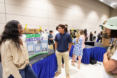 2019_0409-GreenCampusPosterFair-ED-1586