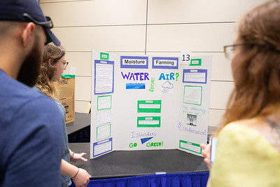 2019_0409-GreenCampusPosterFair-ED-1598