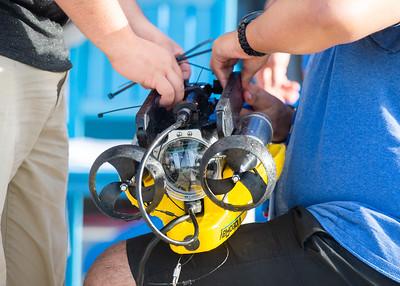 2018_0629_UnderwaterRoboticsCamp-CampusPool-0159