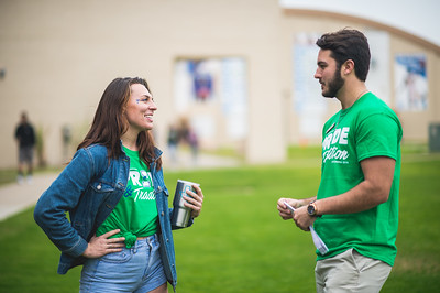 Nikki Shear (left), and Mitchell Weinkauf during the TAMU-CC Homecoming Tip Off Picnic event on East Lawn.
