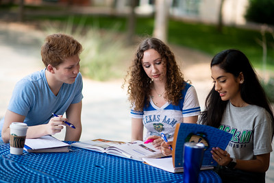 2019_0507-CampusPhotos-7174