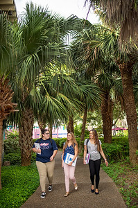 2018_0716-CampusPhotoSession-0355