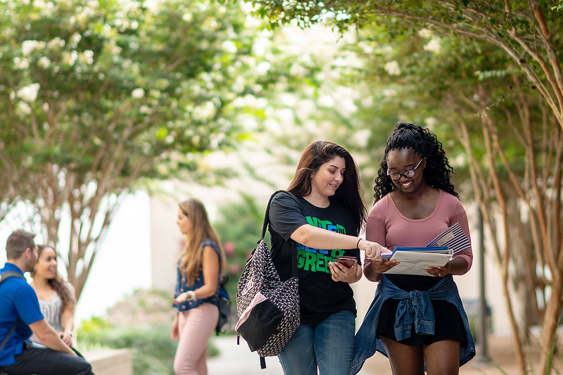 2018_0716-CampusPhotoSession-1730