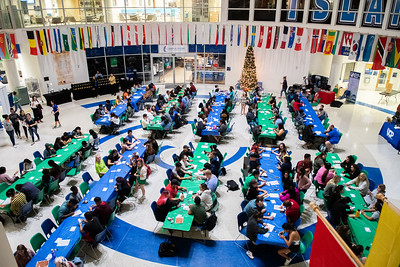 Wide shot of the Friendsgiving Event in the UC Rotunda.