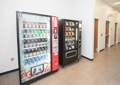 112717_VendingMachines-4883