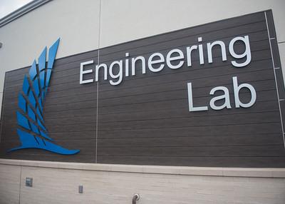 111717_EngineeringLabTour-4206