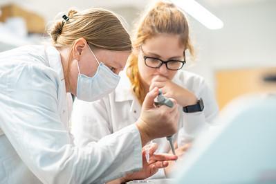 20210707_Dr  Frauke Lab-1173
