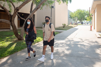 Aurora Usai (left) and Joe Moreno on the first day of the fall 2020 semester.