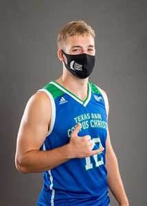 20200812-AthletesInMasks-8710