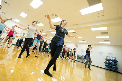 Leah Wierichs leads a Musical Theatre Jazz class for the 2016 Bailando Dance Festival.