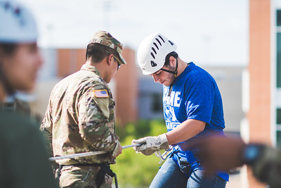 091517_ROTC_Rappelling-4175