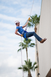 111417_Rappelling-2106