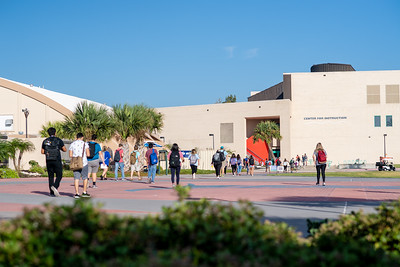 Students make their way to campus on the first day of the fall 2018 semester.