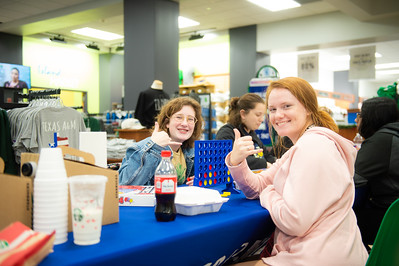 Madeline Belcher(left), and Emma Morrow at the De-stress Fest.