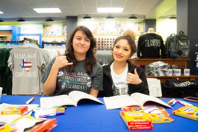 Thalia Salamanca(left), and Elizabeth Ambriz at the De-stress Fest.