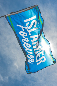 042517_IslanderForever-Flag-6781