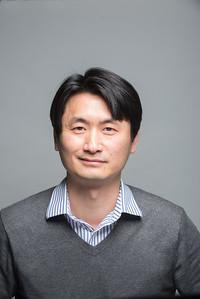 Assistant Professor of Communication at Westfield State University, Sinuk Kang