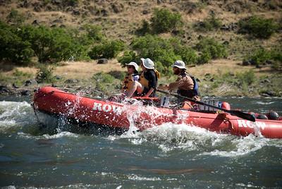rafting_w.jpg