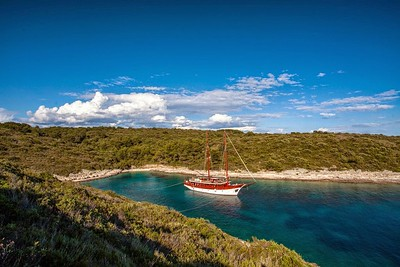 Croatia - Romanca Ship Photos