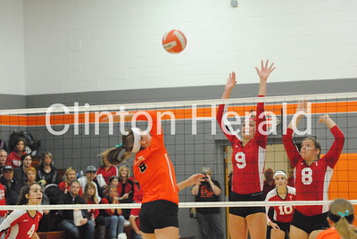 Marquette Catholic at Easton Valley Class 1A regional volleyball — Oct. 24, 2016