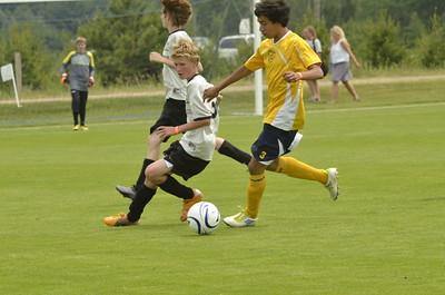 12 06 16_U14 boys game 1_2207