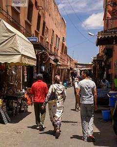 T2678 Marrakesh Street Scene