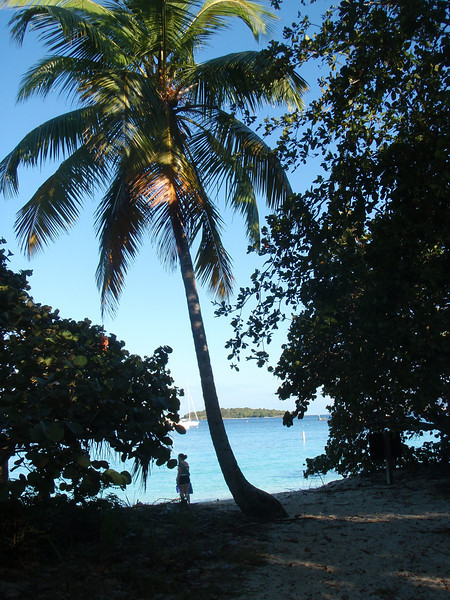 Arriving at Honeymoon Beach....on our honeymoon!