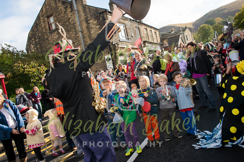 Street Music Parade with Tongues of Fire and the Huffin, Puffin and Bashin band, including the mysterious Hurly Burly and dancers from Bernadette Heys School of Dance