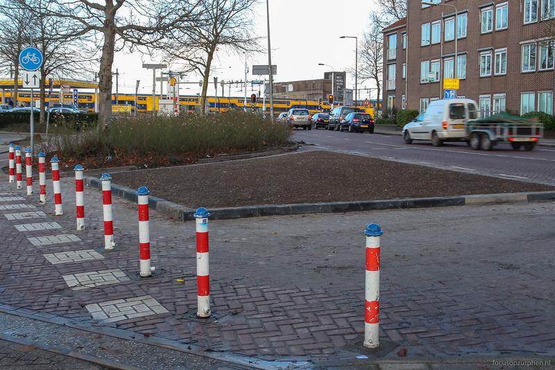 Havenstraat afgesloten met een bloemperkje
