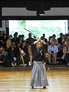 First iai demonstrator at Kyoto embu today, performed by Kiyofusa Takeda-sensei (Hanshi 8th Dan, Muso Jikiden Eishin-ryu