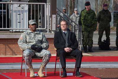 Eckart Würzner, Oberbürgermeister von Heidelberg, John Morgan, Lieutnant General (USA), John W. Morgan III, bei der Allied Force Command Heidelberg Deactivation Ceremony LTG Morgan Remarks Campbell Barracks