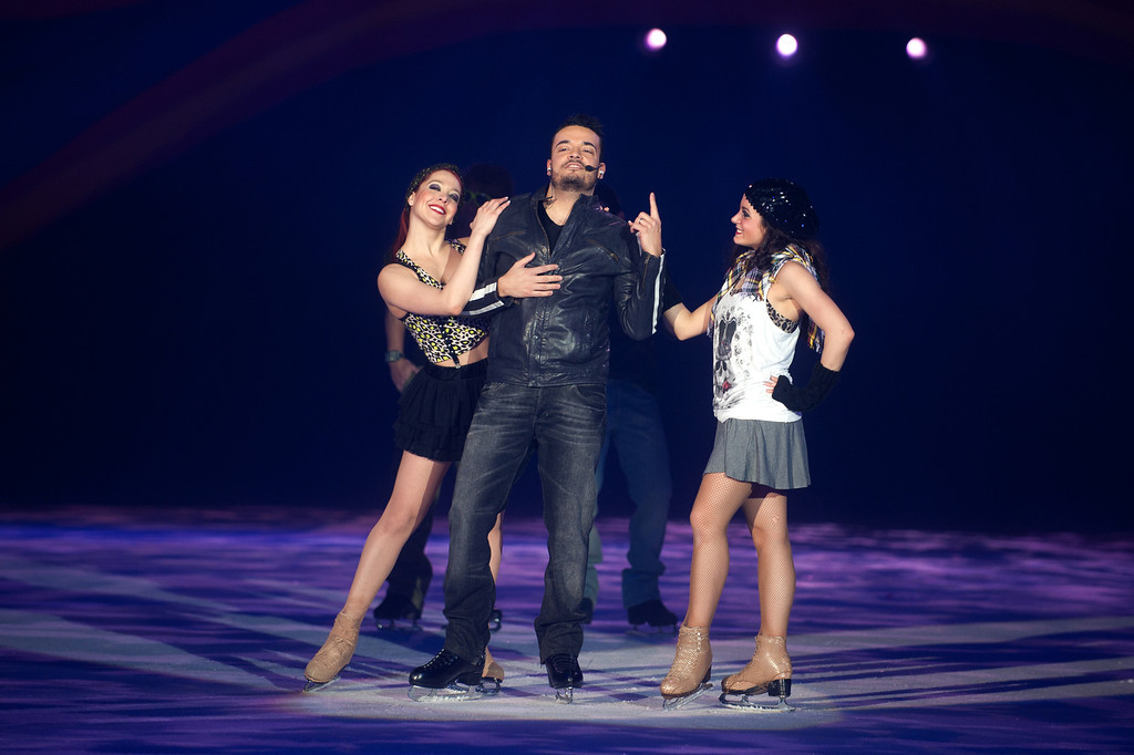 Giovanni Zarrella, bei der Holiday on Ice Premiere in der SAP Arena in Mannheim am 03.02.11