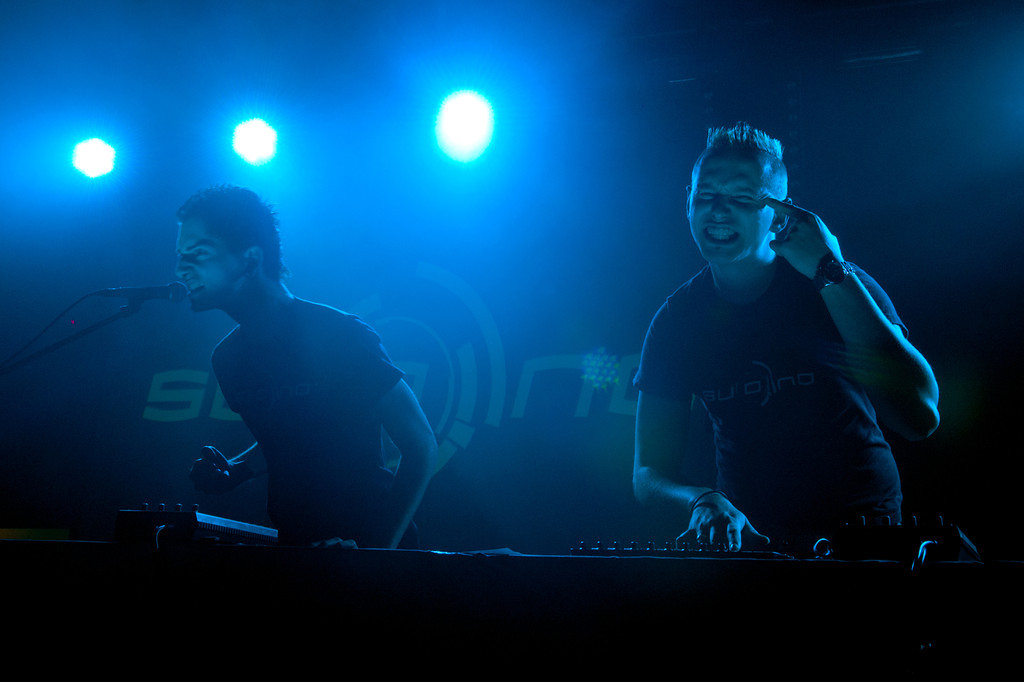 Suono, Ron Giunco, Bela Burow, beim Future Fame Festival am 08.04.12 in Mannheim